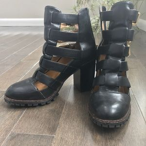 Black Gypsy Leather Strappy Buckle Block Heals